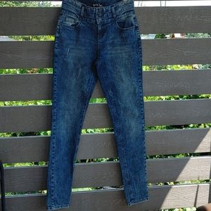 Yes! Miss jeans High-Waisted Ripped Skinny Jean 29
